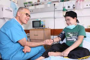 Palestinian patient treated at Israeli hospital